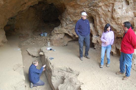 Los científicos, en Jarama VI durante la toma de muestras de noviembre de 2010 / Jesús F. Jordá.