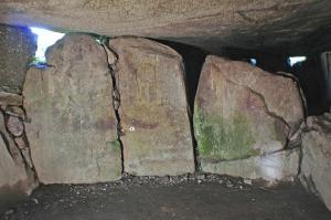 Dolmen de Mané Rutual. Locmariaquer, Morbihan, France